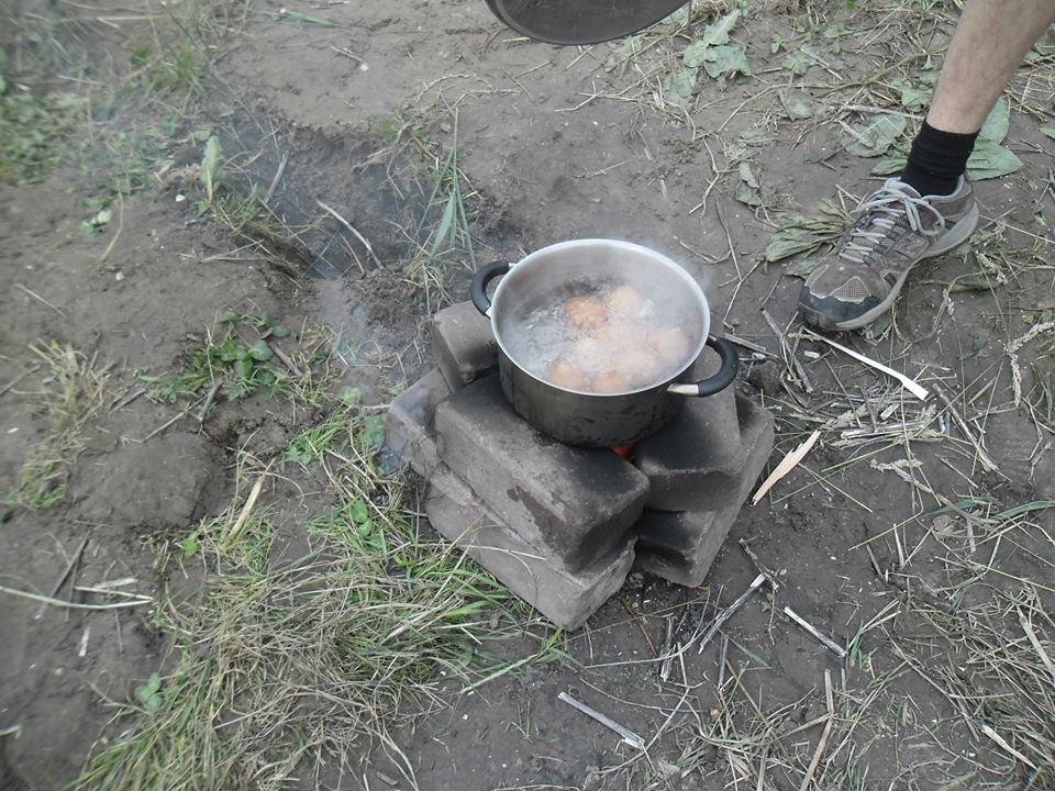 biwakowanie_kuchnia_ziemna
